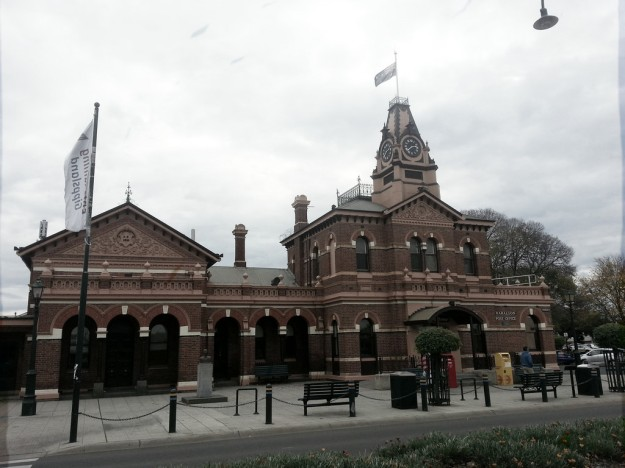 Post Office and Court House in Traralgon - Photo taken by David Jackmanson original photo here https://www.flickr.com/photos/djackmanson/18418406676/sizes/l